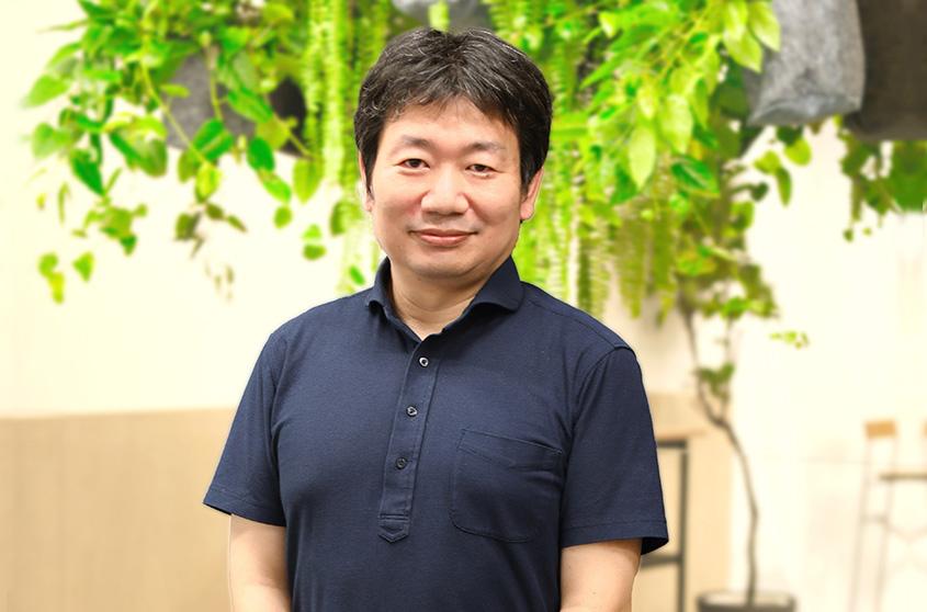 本丸 達也 氏